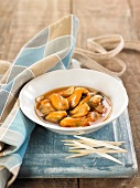 Mussels in a spicy cold marinade