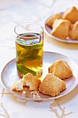 Mint tea with Congolais :coconut cookies