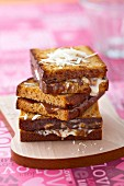 White chocolate and Carambar spread gingerbread sandwiches