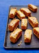 Whelk and Espelette pepper mini cakes