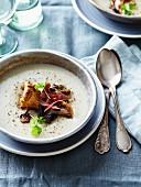 Cream of cauliflower soup with wild mushrooms