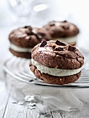Cookie-Sandwiches mit Vanillecreme