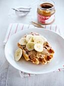 Belgian sugar waffle with gingerbread cream