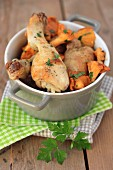 Chicken and chanterelles with parsley