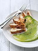 Grilled chicken breast with paprika and broccoli purée