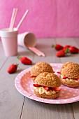 Strawberry vanilla filled cracker puffs