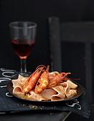 Pink papardelle with shrimps and saté