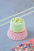 Mini Angel Cake mit grünem Apfel