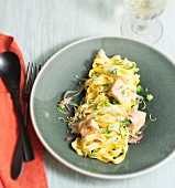 Tagliatelles with salmon, broccolis and shallots