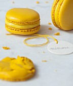 Mimosa mousse Macarons