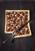 Chocolate-peanut square pie