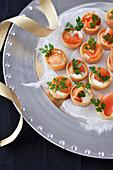 Smoked salmon and thick cream mini Croustades