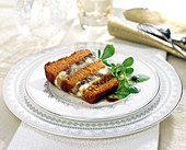 Sweet and salty gingerbread, roquefort and dried fruit terrine