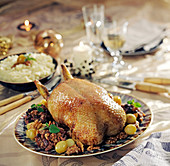 Roasted duckling with grapes and walnuts