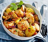 Ragout mit Fisch, Meeresfrüchten und Kartoffeln