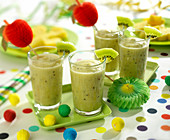 kiwi, green apple and banana smoothie