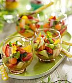 Obstsalat mit frischen Früchten