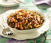 Lentil, diced boiled ham and walnut salad