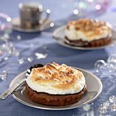 Chocolate-chestnut meringue pies