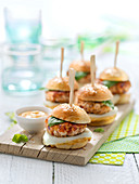 Chicken, dried tomato and mozzarella mini burgers