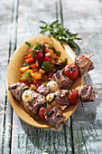 Ostrich skewers with sage, sweet and sour marinade with chouchen and ratatouille