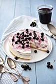 Blackcurrant ice cream cheesecake