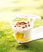 Mascarpone cream with pineapple and pecans to take away