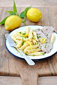 Penne mit Zitrone und Kalbfleisch