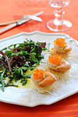 Scallops and salmon roe in a crisp kadaïfs nests,mixed salad