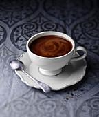 Heiße Schokolade auf traditionelle Art