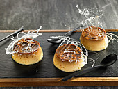 Flans aux oeufs et caramel (Traditioneller Eierpudding mit Karamell)
