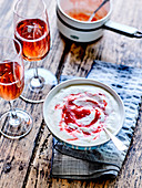 Fromage blanc mousse with crushed strawberries