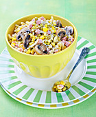 Shell pasta with peas,button mushrooms,diced ham and swetcorn