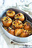 Pears stuffed with cranberry crumble