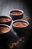 Süße Schokoladensuppe mit Lebkuchen