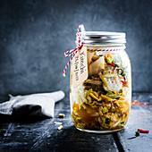 Selbstgemachtes Kimchi im Einmachglas