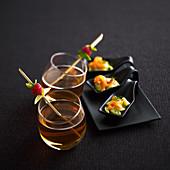 Cidre-Cocktail und Löffelhappen