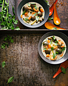 Green curry with shrimps