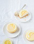 Small lemon cheese cakes