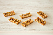 Caramelized cereal bars
