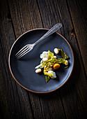 Minimalist vegetable plate