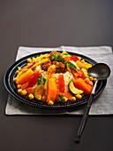 Couscous mit Hackfleischbällchen und Gemüse