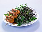 Shrimp brochettes with Japanese mixed lettuce salad