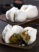 Bao-Brötchen mit Gemüsefüllung (Asien)