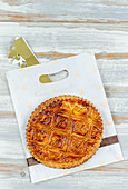 Galette des rois and its crown