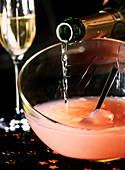 Champagner-Bowle zubereiten