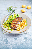 Grilled magret with courgettes and mashed new potatoes