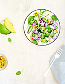 Light broccoli, zucchini and mango salad