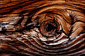 Knothole, Wood