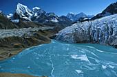 Mountain scenery with mountain stream, Gokyo, Khumbu, Nepal, Asia